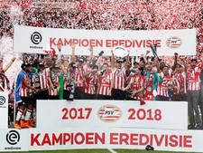 PSV pakt glansrijk de titel na grote zege op Ajax