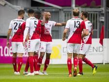 Utrecht ondanks rood Van Overeem simpel langs machteloos PEC