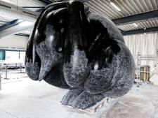 Piet Parra maakt sculptuur voor Flevopark